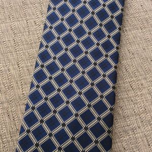 Hickey Freeman Hand Tailored Neck Tie